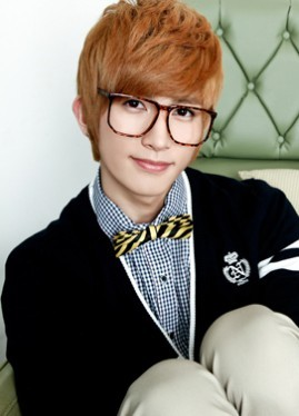 http://data.whicdn.com/images/20771317/269px-Kiseop_large.jpg