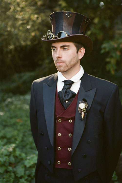 What is steampunk for Where can i get my wedding dress steamed