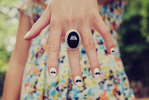 Cute-moustache-nail-art-nails-wow-favim.com-261623_large