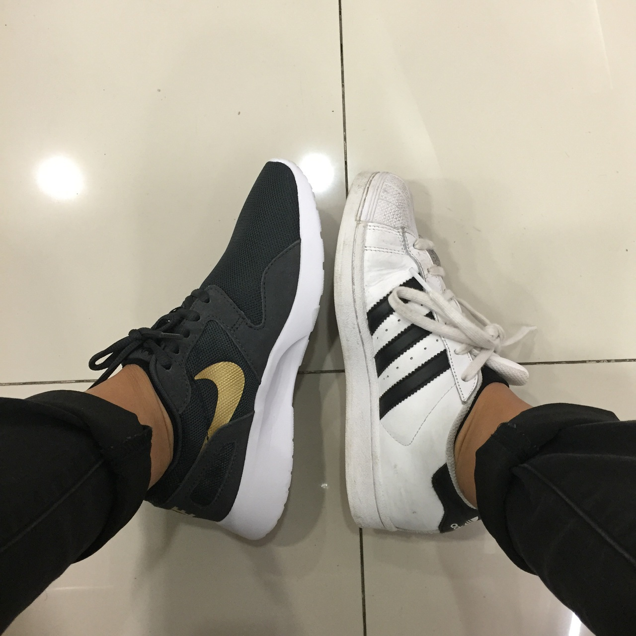 Adidas Superstar Vs Nike Roshe