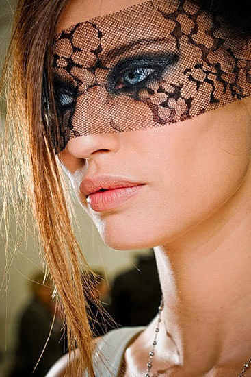 Chanel-2012-winter-makeup_large
