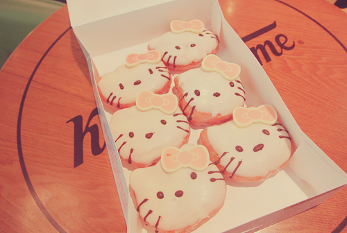 Donuts-hello-kitty_large