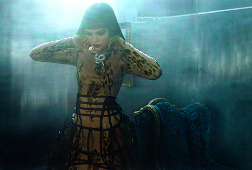 Jessie-j-vogue-italia-3_large