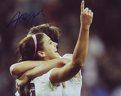 Alex-morgan-signed-usa-womens-soccer-8x10-wcoa-6b_651cc12fabc74bfc517612ac7261eabb_large