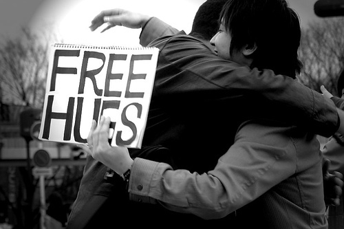 Free+hugs+campaign_large