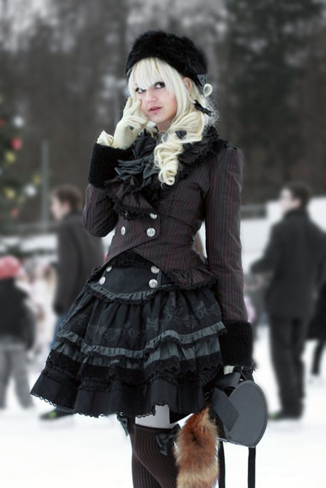 Beauty-black-color-fashion-lolita-winter-favim.com-268111_large