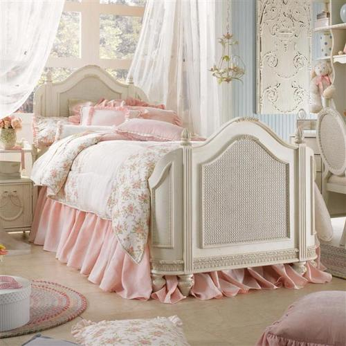 Girly pink vintage bedroom ideas to redecorate your room modern