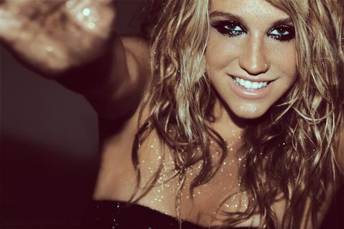 2012 წლის ტოპ 10 ყველაზე პოპულარული მომღერალი