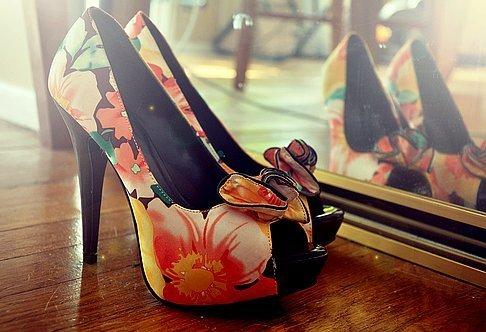 Colored-fashion-flowers-heels-high-heels-favim.com-271863_large