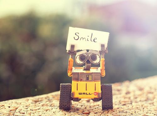 Quelqu'un pour RP avec un petit robot doux et romantique ? Tumblr_lkdq4e4HeC1qgodmlo1_500_large