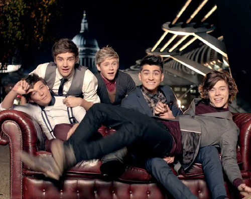 one-direction-one-thing-brit-awards4_large.jpg