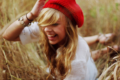 Blonde-girl-hat-pretty-red-favim.com-268919_large_large