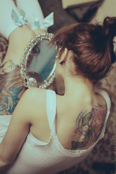 Girl-photography-portrait-tattoo-tattooed-favim.com-278947_large