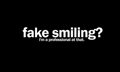 Cute-fake-fame-smile-professional-sad-favim.com-279675_large