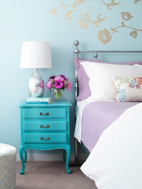 Turquoise-teal-blue-interior-bedroom-design-idea-inspiration-walls-silver-lamp-diy-unique-painted-nightstand-purple-bedding-floral-throw-pillow_large