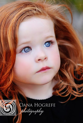 Pretty Girls With Natural Red Hair And Blue Eyes Scoprire di quali geni...
