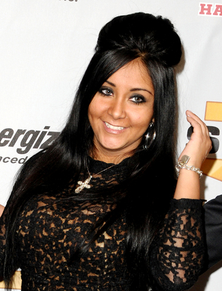 snooki_poof_stylecaster-cropped-proto-custom_14_large.jpg