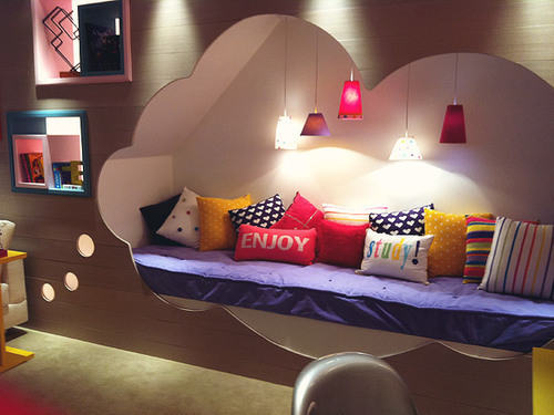 Beautiful-bed-bedroom-cama-cloud-favim.com-288132_large