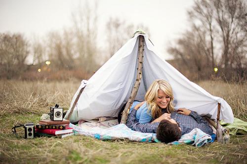 Boy-boyfriend-camp-couple-couples-favim.com-298846_large