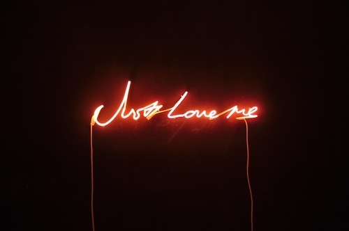 Tracey-emin_just-love-me_1998_soft-pink-neon_38-x-114.4-x-6.5-cm_large