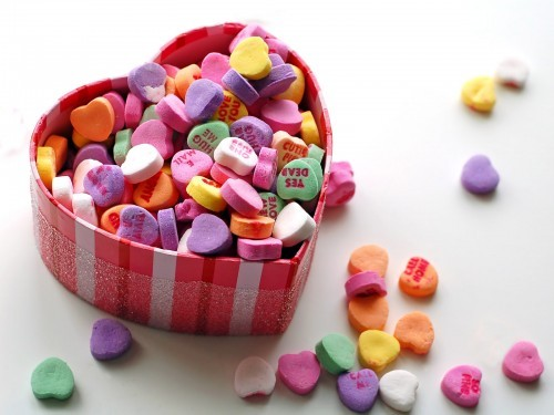 Love-candy-box-for-valentines-day-hd-500x375_large