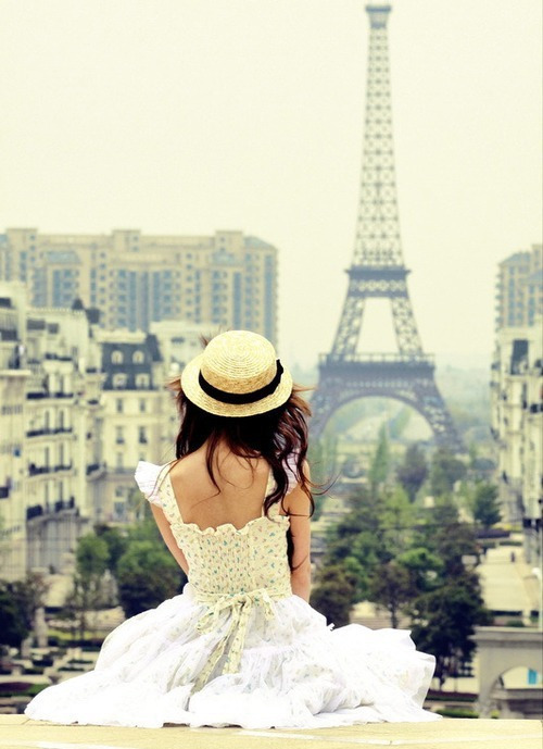 Dress-girl-hat-life-paris-favim.com-299857_large