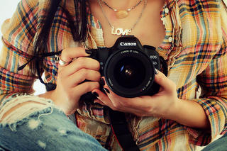 Cameras-nikon-canon-fotografias-photografy-tumblr-imagens-tumblr-nails+tumblr-nutella-cute-delicia-candy-brushes-photoscape-by-thata-schultz013_large