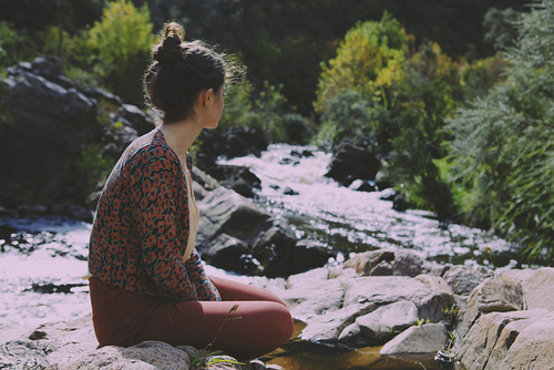 Alone-fashion-girl-indie-nature-favim.com-304892_large