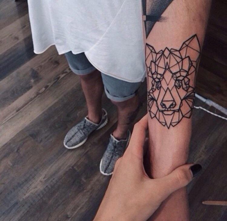 Отборные картинки тату надписей на пальцах
