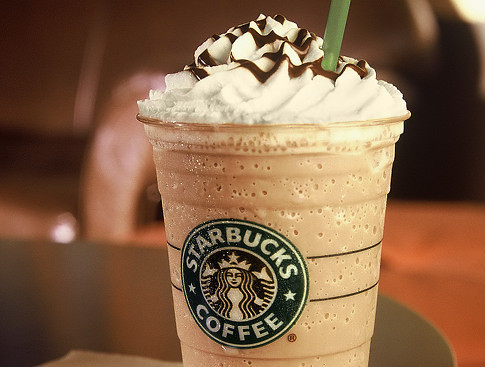 Drinks-photography-starbucks-yummy-favim.com-312201_large