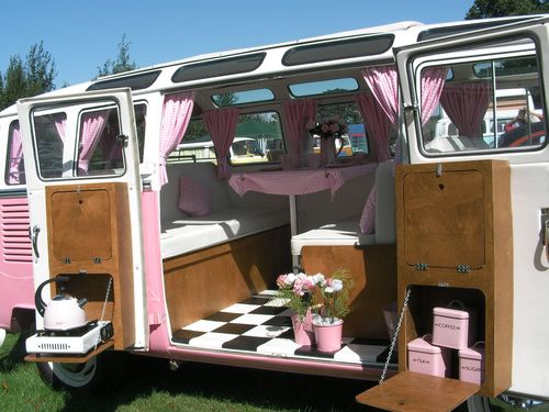 Pink_vw_campervan_-_001_-_flickr_-_foshie_large