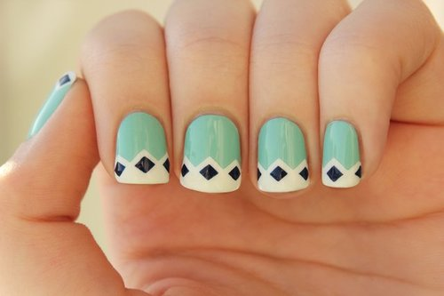 Fancy - Retro Nail Art