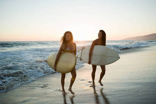 Surfer_girls_california_large
