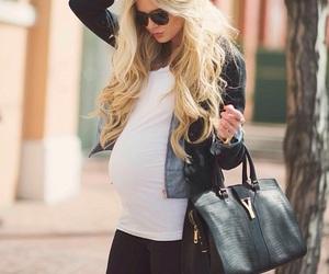 オシャレな妊婦さん ライダース 画像