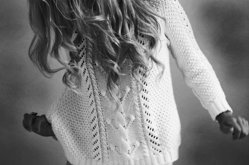 Fashion,photography,sweater,arte,referencias,hair-3374ccc0618ed76b952125899d57621c_h_large