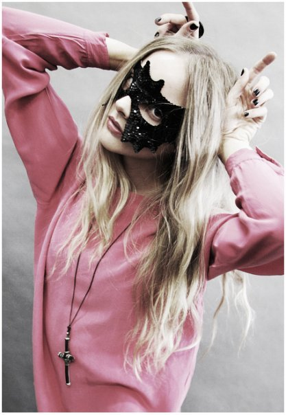 Most popular tags for this image include: mask, girl, blonde, pink and model