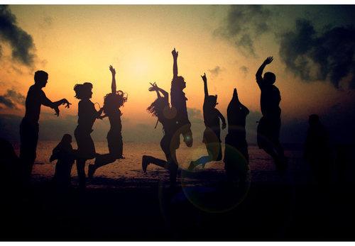 Beach-fun-people-sun-young-favim.com-325460_large
