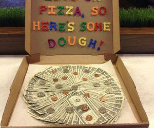 Пицца из денег подарок фото