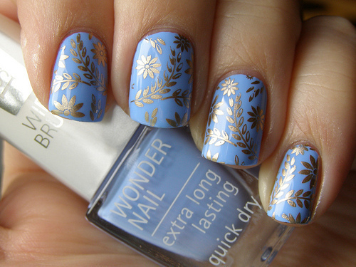art, blue, gold, nailpolish, nails - inspiring picture on Favim.com