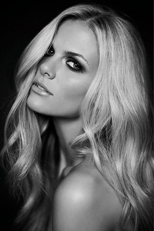 Brooklyn-decker-_e2_80_93-stuff-magazine-photoshoot-bevapphasanam.com-_large