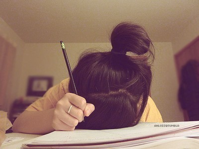 Book-bored-bun-girl-hair-favim.com-243232_large