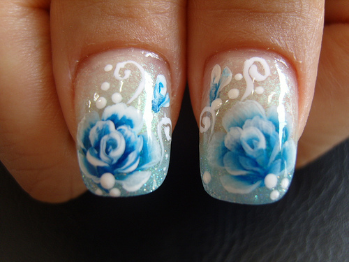 Flower-nail-art-designs-gallery_large