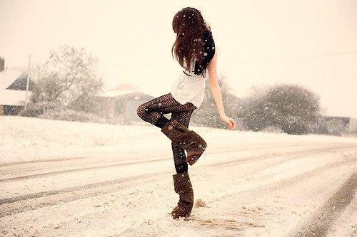 Black-boots-brown-dress-fashion-favim.com-331555_large