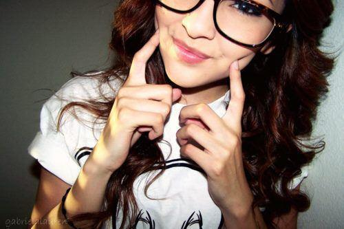 Clark-kent-glasses-cute-nerd-nerdy-girl-pretty-favim.com-331942_large_large
