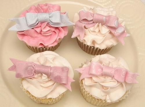 Bow-cupcakes-fashion-kaleidoscope-love-pastel-favim.com-45101_large