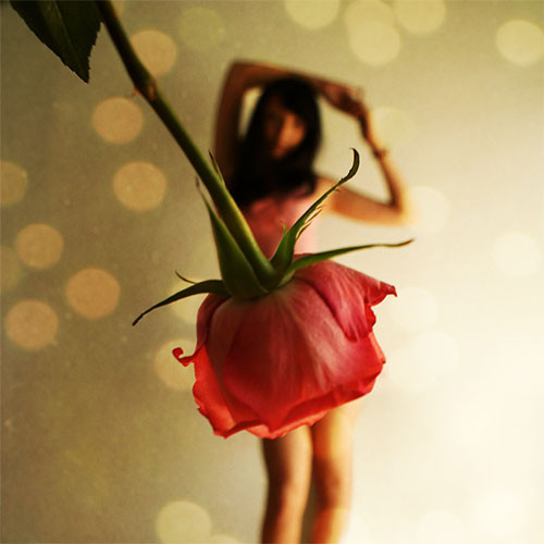 Cute_dance_flower_girl_pretty_beautiful_stranger-31ecee846a29a25c50e74b50cf1aae12_h_large
