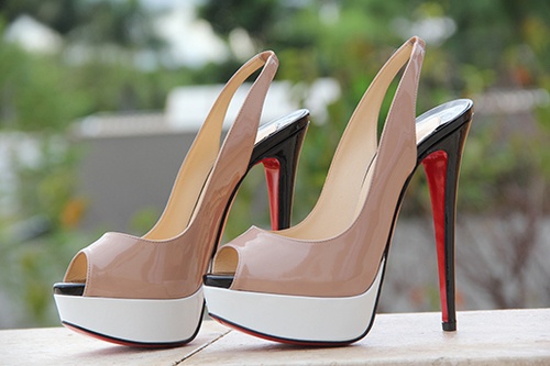 tumblr m1150xl22S1qkabglo1 500 large - For HigH HeeLs LoverS