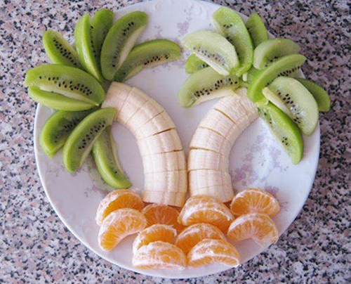 Palm-tree-fruit-plate_large