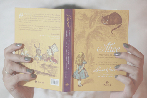 Alice-book-cute-girl-pastel-favim.com-339365_large