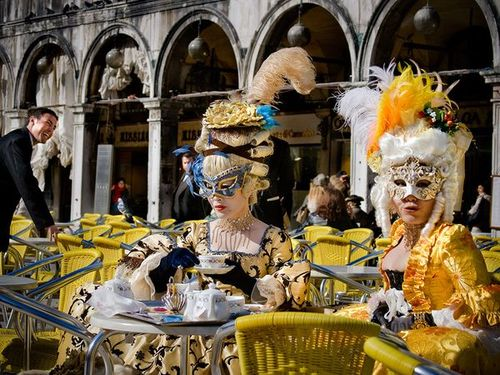 Italy-venice-carnival_6018_600x450_large